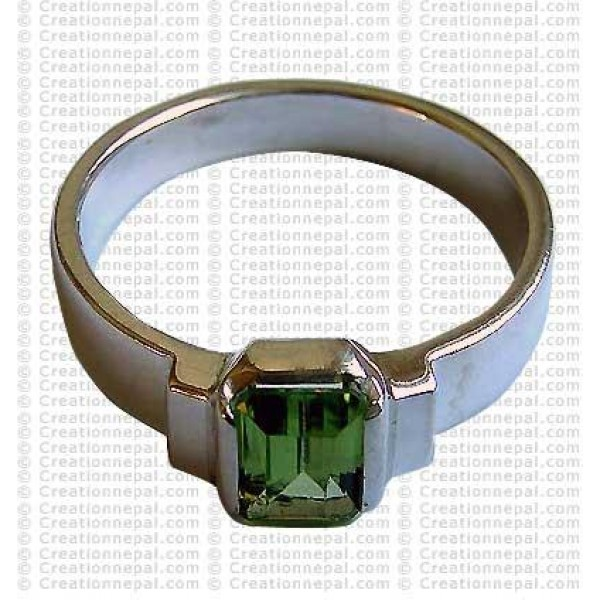 Green colour stone finger ring 1