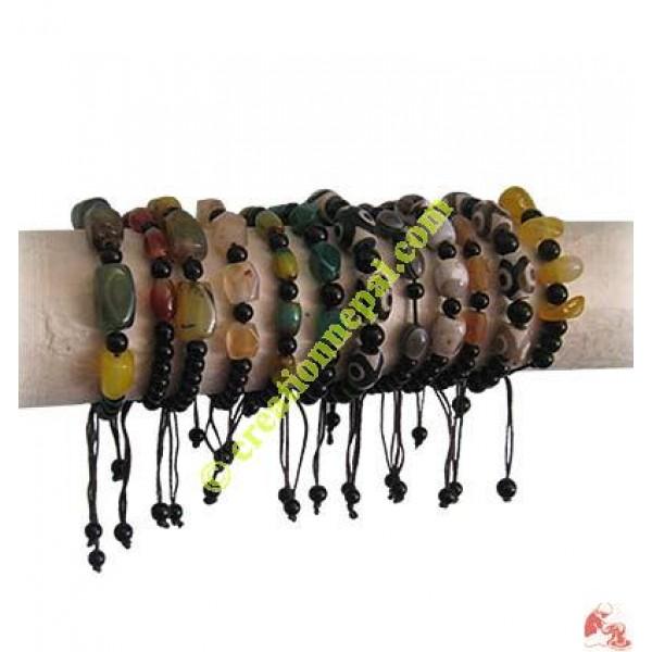 Multi-size stone bracelet
