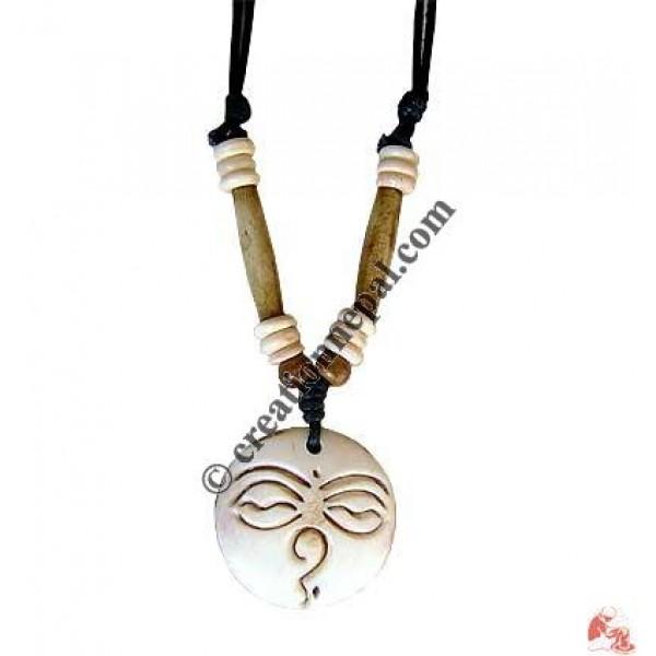 Buddha-eye round bone pendant