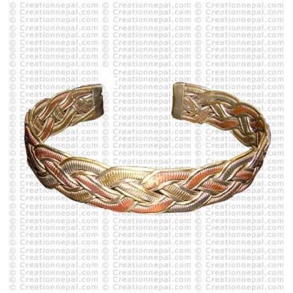 Munti-metal wire bangle