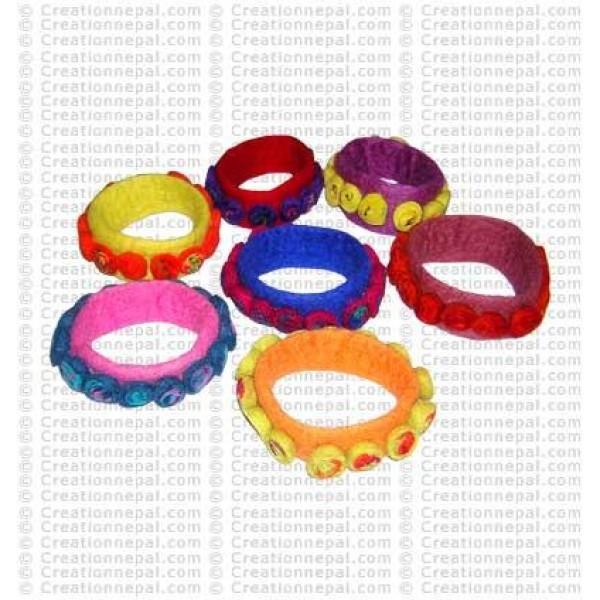 Felt bracelet34