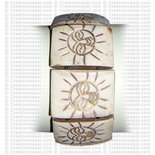 Sun carved bracelet