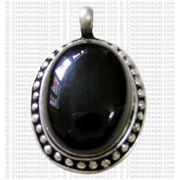 Assorted stone metal pendant