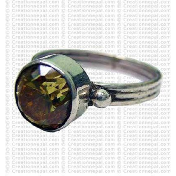 Yello topaz stone finger ring