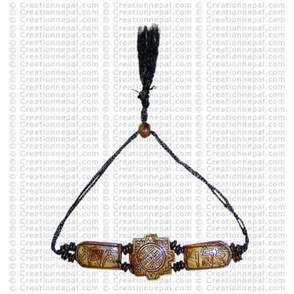 Om Mani 8-corner bracelet