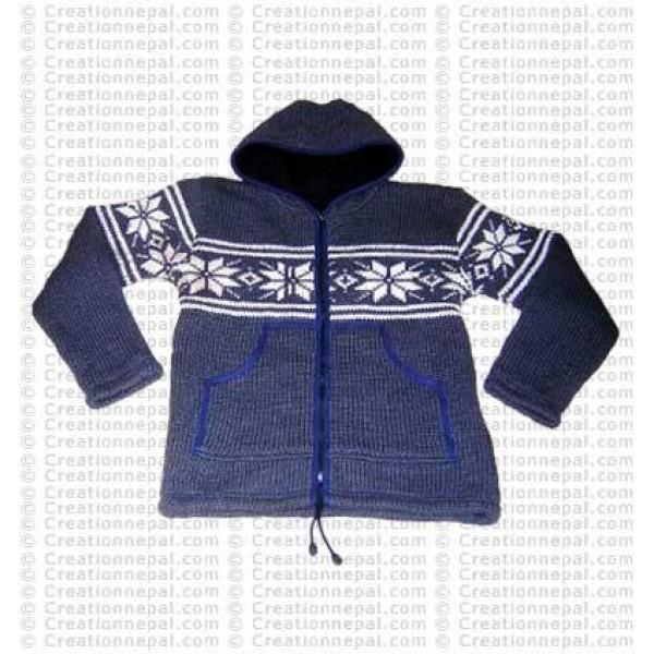 Heavy woolen hooded jacket