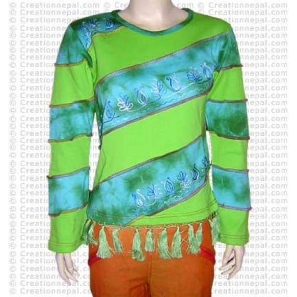 Slanted two color stripes t-shirt