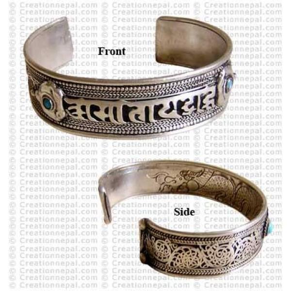 Mantra filigree white-metal bangle