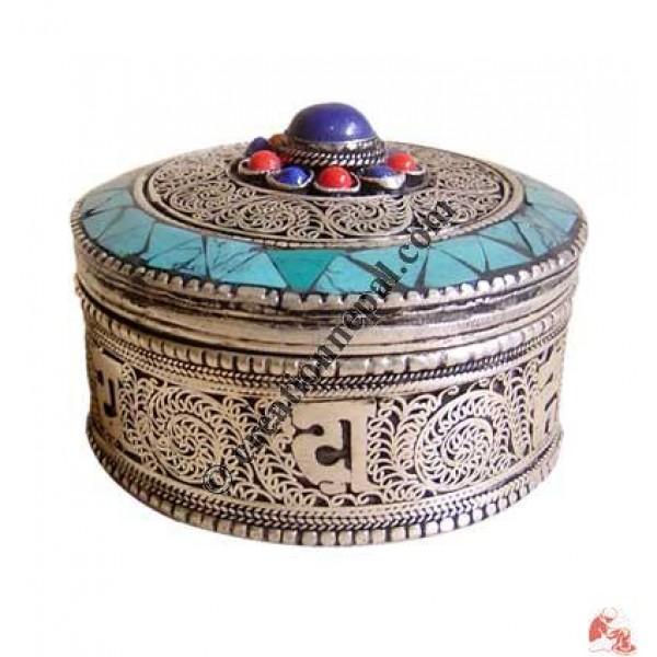 Filigree-turquoise jewelry box