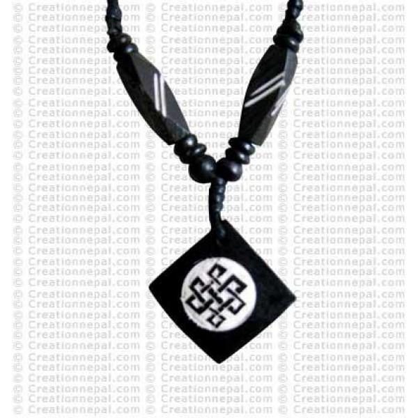 Endless knot square amulet