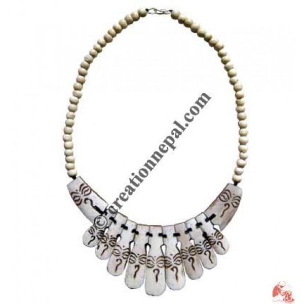 Beads & Buddha eye ivory necklace