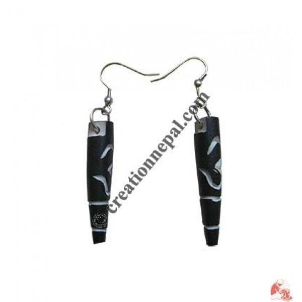 Om-cylindar ear ring