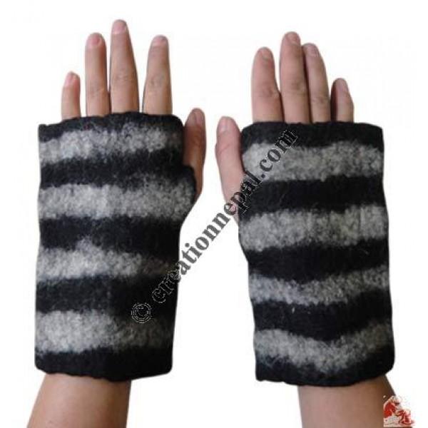 02c59bedfa6c4 Creation Nepal Felt Hand Warmer 5 - Felt wear and accessories ...