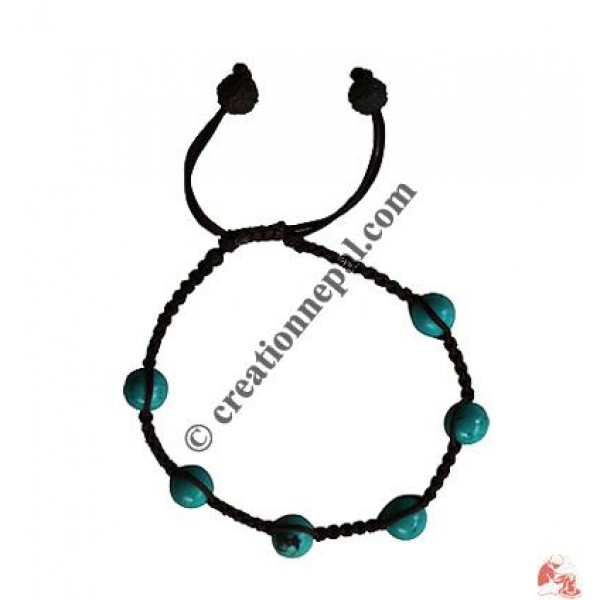 Turquoise beads knotted wristband