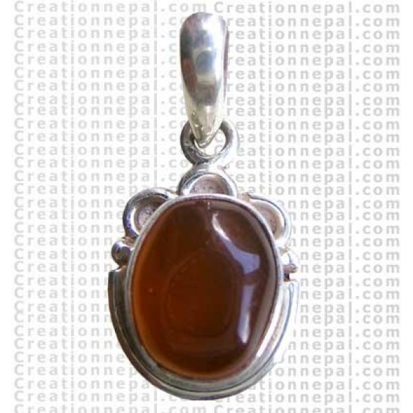 Small oval shape pendant