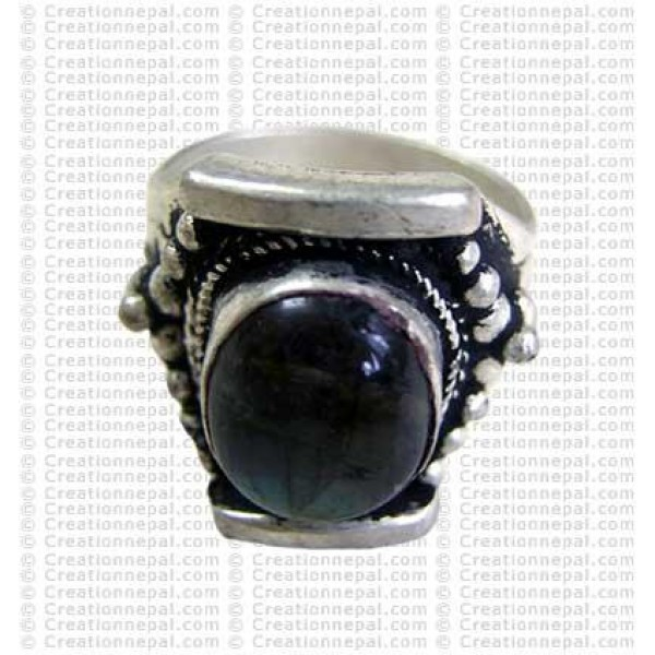 One stone finger ring