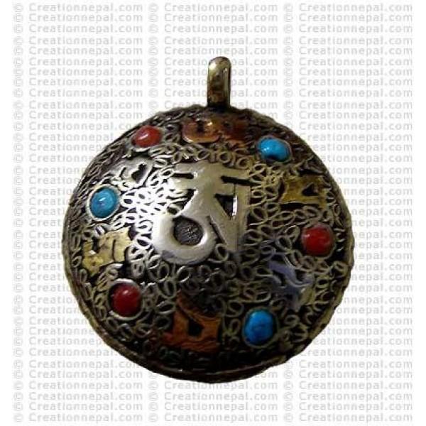 Filigree OM Amulet 2