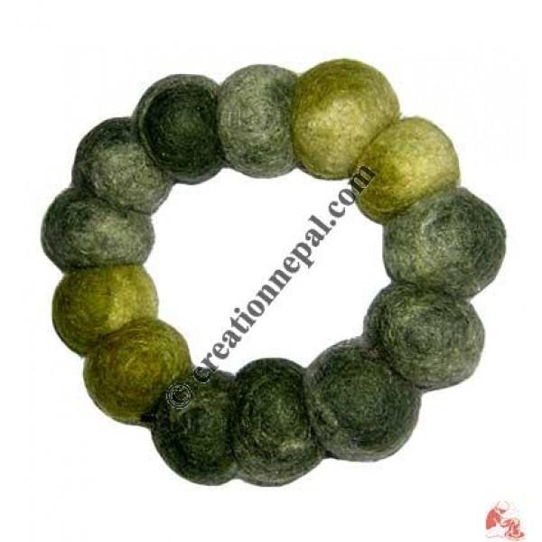 Tie-dye felt bracelet 11