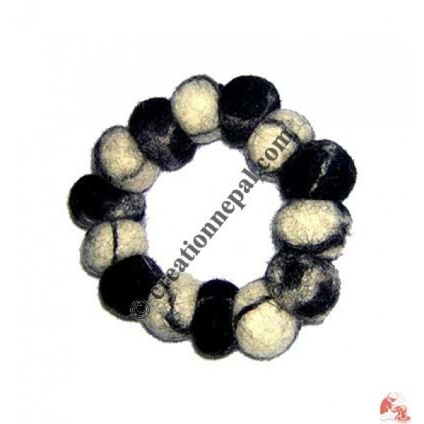 Tie-dye felt bracelet 33