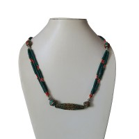 Decorated beads turquoise pote necklace