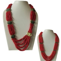 Metal beads pote necklace
