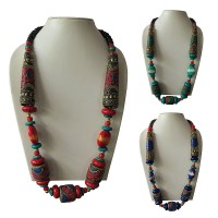 Decorated large beads necklace