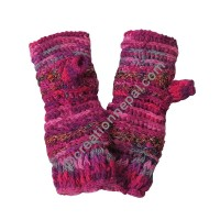 Colorful hot-pink tube gloves