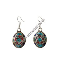 Colorful stone chips earring