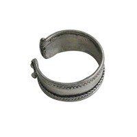 Simple design metal finger ring