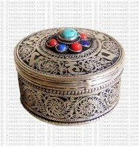 Filigree-turquoise small jewelry box