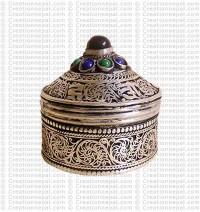 Filigree-mantra small jewelry box