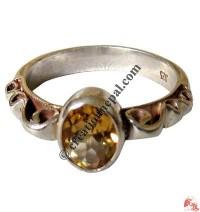Silver-golden topaz finger ring