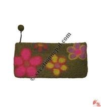 Flower felt hand purse2