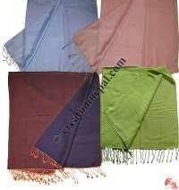 Reversible two-color shawl