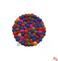 Felt balls tea coaster3
