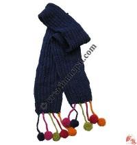 Simple woolen muffler