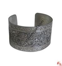 Dragon design bangle2