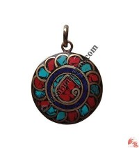 Colorful round pendnat