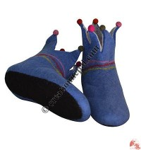 Ball decorated felt shoes3 - adult