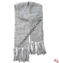 Simple crochet woolen muffler1