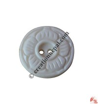Carved bone button13 (packet of 10)
