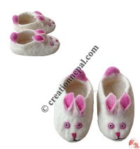 Pinky rabbit design baby shoes