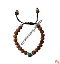 Wooden beads decorated bracelet