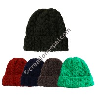 Cable design woolen assorted cap