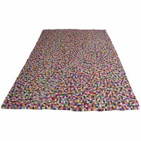 Felt ball rectangle rug (170 x 240 cm)