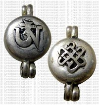 Om craved pendant
