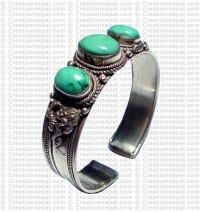3-stone small Turquoise bangle