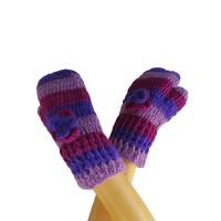 Flower decorated crochet mitten