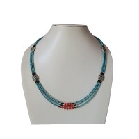 Decorated turquoise pote Tibetan necklace