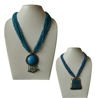 Pendent attached pote necklace